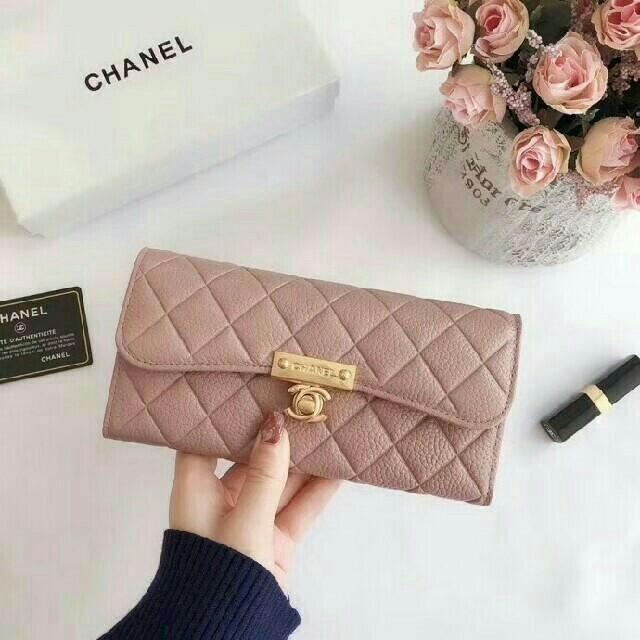 CHANEL - シャネル CHANEL 財布 二つ折り財布 レディース ピンクの通販 by ヒキラ's shop|シャネルならラクマ