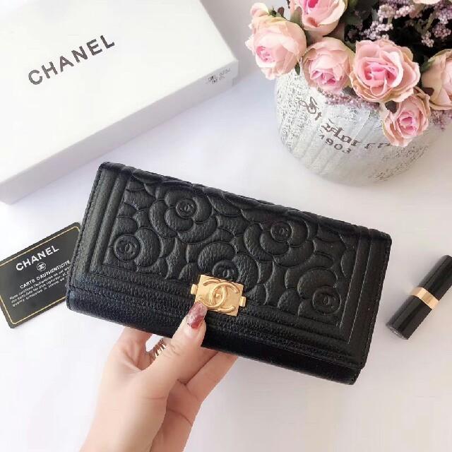 CHANEL - CHANEL 二つ折り長財布 の通販 by スキシ's shop|シャネルならラクマ