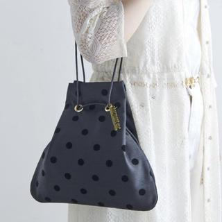 ドゥロワー(Drawer)の新品♡シャルマントサック 黒ドット 巾着バック charmant sac (ハンドバッグ)