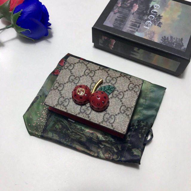 Gucci - GUCCI チェリー二つ折り財布の通販 by ダノヒブ's shop|グッチならラクマ
