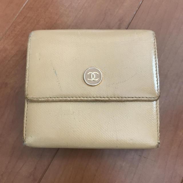 CHANEL - シャネル*ココボタン二つ折り財布の通販 by seyshowの空。by.みーちぇる|シャネルならラクマ