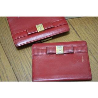 クレージュ(Courreges)のクレージュ 赤いお財布とパスケース(財布)