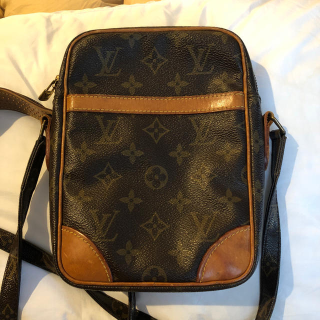 LOUIS VUITTON - LOUIS VUITTON ショルダーバッグの通販 by Toni's shop|ルイヴィトンならラクマ