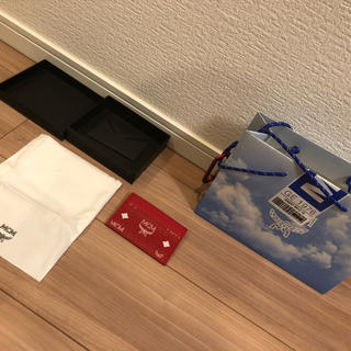 エムシーエム(MCM)のMCM 定期、カード入れ キャップとセットで2000円引き(名刺入れ/定期入れ)