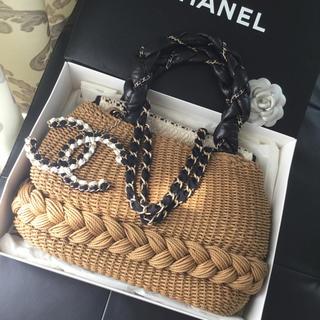 シャネル(CHANEL)の美品 CHANEL 希少 籠バッグ ストロー ラフィア 2way バッグ(かごバッグ/ストローバッグ)