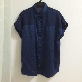 ジーユー(GU)のシースルーてろてろ  切り替えシャツ(シャツ/ブラウス(半袖/袖なし))