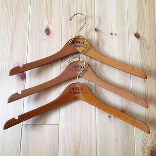 ポロラルフローレン(POLO RALPH LAUREN)のポロ ラルフローレン 木製ハンガー 3本(押し入れ収納/ハンガー)
