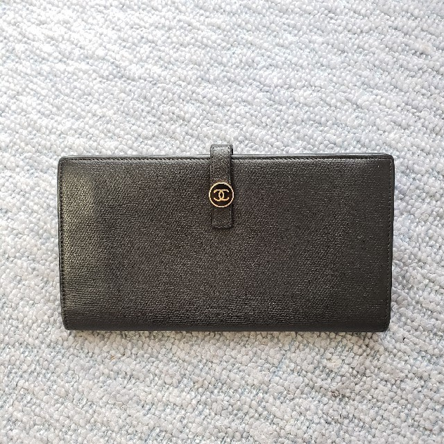 CHANEL - CHANEL長財布の通販 by ♪マナマナ♪'s shop|シャネルならラクマ