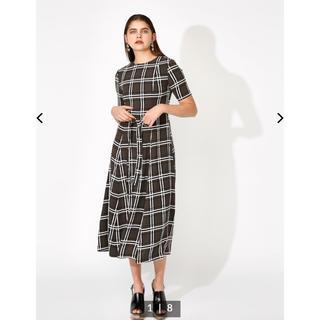 マウジー(moussy)のmoussy WAIST FIT CHECK ドレス(ロングワンピース/マキシワンピース)