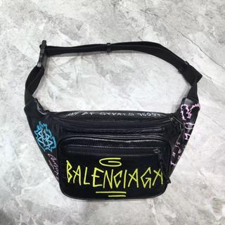 バレンシアガ(Balenciaga)のBalenciaga ボディーバッグ ウェストバッグ ウェストポーチ 大容量(ボディーバッグ)