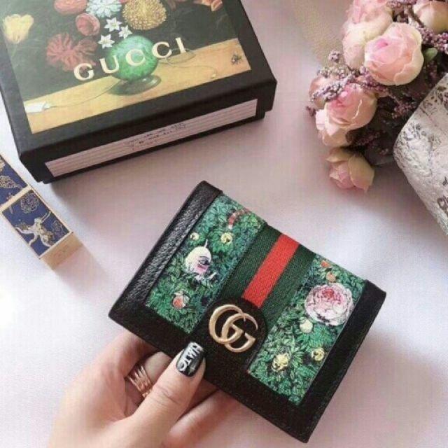 Gucci - GUCCI グッチの通販 by オチネ's shop|グッチならラクマ