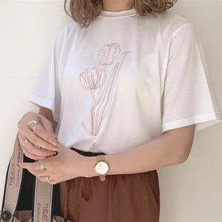 アメリヴィンテージ(Ameri VINTAGE)のAlia|Flower Tee(Tシャツ(半袖/袖なし))