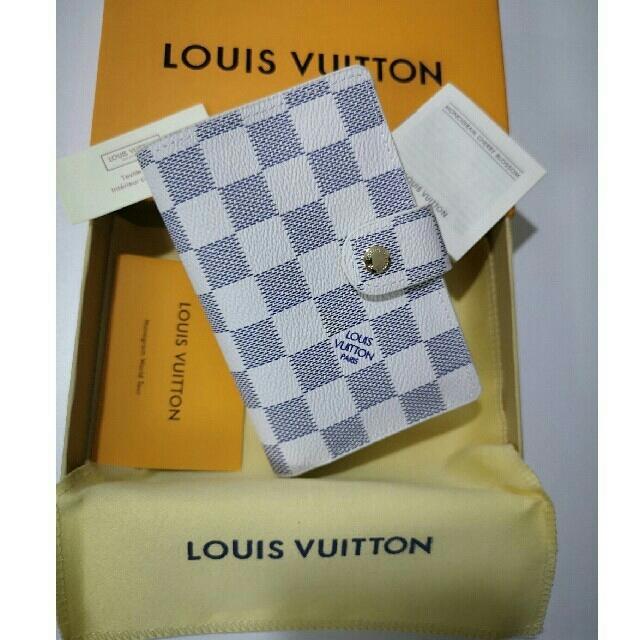 ロエベショルダーバッグ偽物 激安 - ほぼ新品 Louis Vuitton 短財布 小銭入れ カード入れ の通販 by ミエi❁コ's shop|ラクマ