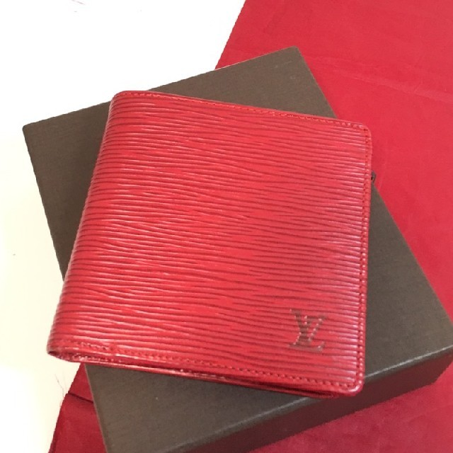 LOUIS VUITTON - ルイヴィトン エピ ポルトフォイユ マルコ 折財布の通販 by フリフリ|ルイヴィトンならラクマ
