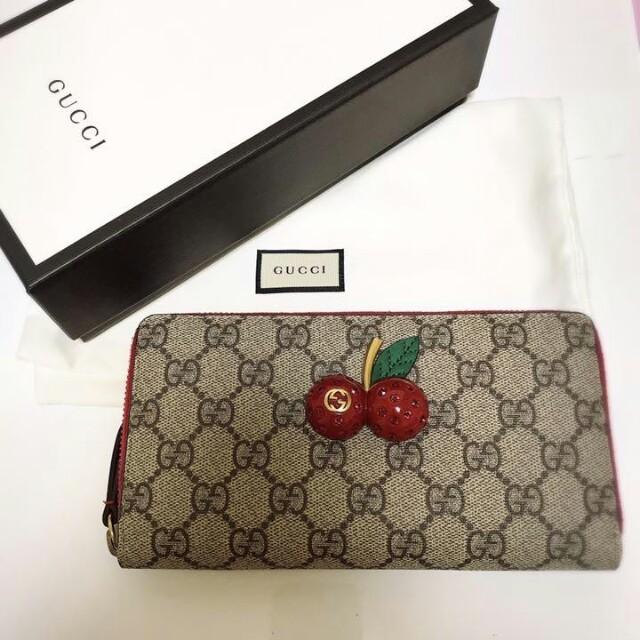 Gucci - GUCCI さくらんぼが 長財布の通販 by Jessic's shop|グッチならラクマ