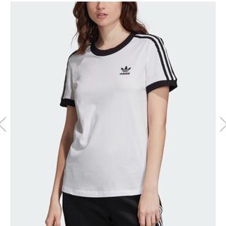 アディダス(adidas)のスリーストライプTシャツ(Tシャツ/カットソー(半袖/袖なし))