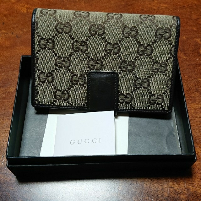 Gucci - GUCCI 折りたたみ財布の通販 by rairan's shop|グッチならラクマ