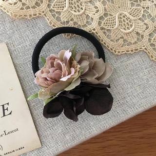 モーブバラとパープルグレー、ブラウン紫陽花のヘアゴム(ヘアアクセサリー)