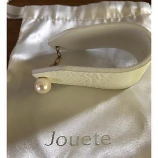 エテ(ete)のJouete パール付き白合皮ブレスレット(ブレスレット/バングル)