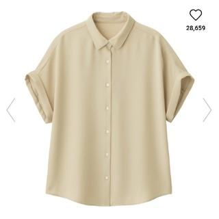 ジーユー(GU)のGU/エアリーシャツ 新品タグ付き未使用(シャツ/ブラウス(半袖/袖なし))
