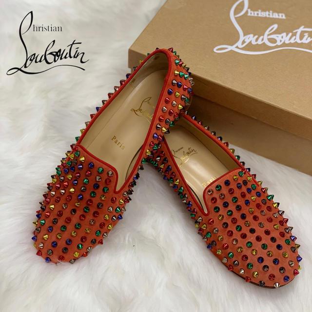 Christian Louboutin(クリスチャンルブタン)の807 クリスチャンルブタン スタッズ フラットシューズ レディースの靴/シューズ(スリッポン/モカシン)の商品写真