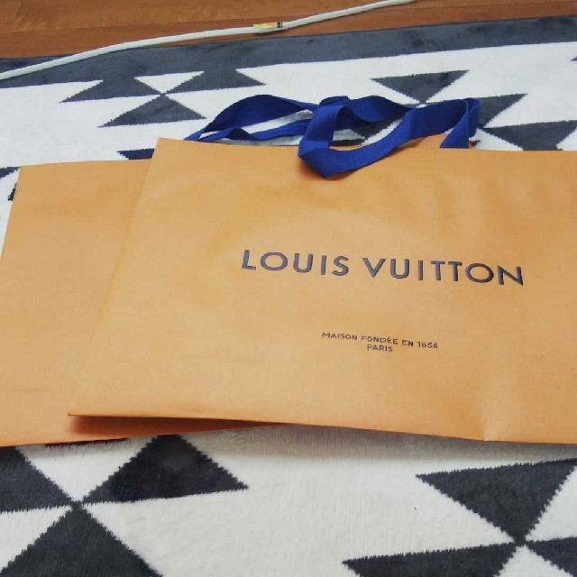 LOUIS VUITTON - ルイヴィトン 紙袋の通販 by ゆーちゃん's shop|ルイヴィトンならラクマ