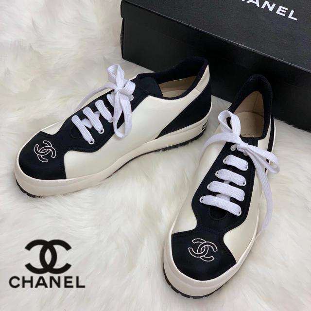 CHANEL(シャネル)の827 新品未使用 CHANEL スニーカー レディースの靴/シューズ(スニーカー)の商品写真