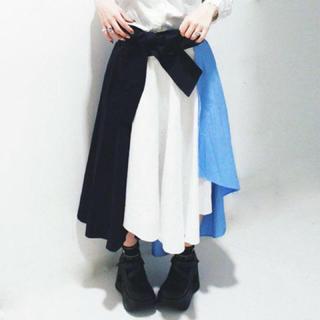 ファンキーフルーツ(FUNKY FRUIT)のFUNKY FRUIT りぼん付き配色フィッシュテールスカート(ロングスカート)