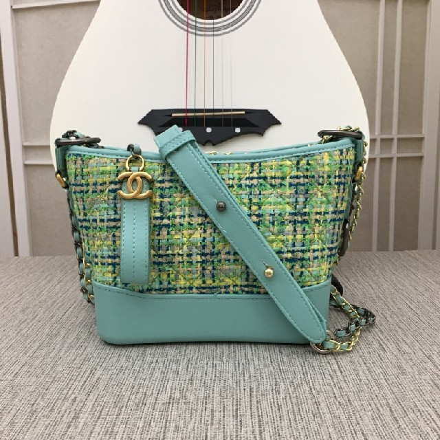 CHANEL - Chanelショルダーバッグの通販 by kimisusukib's shop|シャネルならラクマ