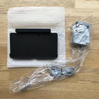 ニンテンドー3DS(ニンテンドー3DS)の任天堂 3DS  充電台&アダプター(バッテリー/充電器)