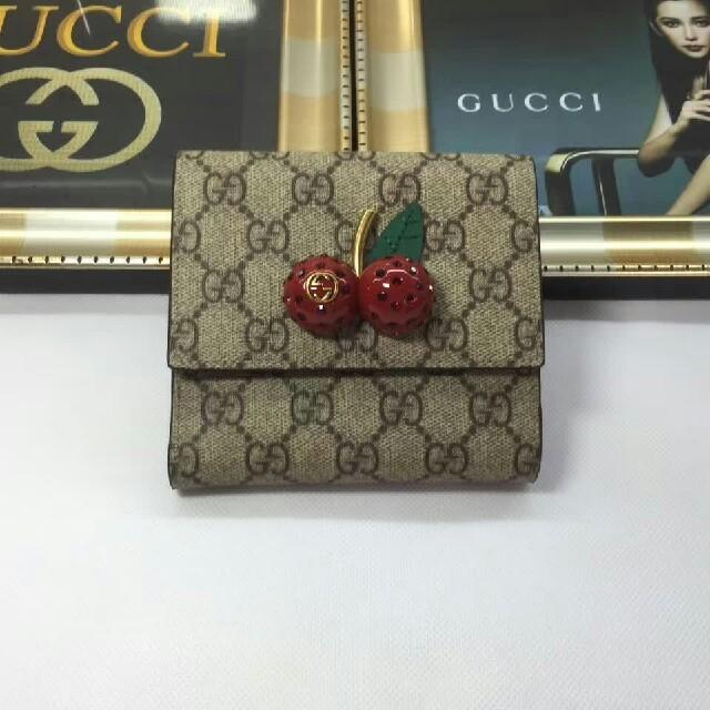 Gucci - Gucciグッチ 折り財布 エレガント レディース 新品の通販 by タクミ 's shop|グッチならラクマ