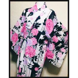 リズリサ(LIZ LISA)の[しまむら✦訳あり美品]姫系薔薇柄浴衣  派手柄ピンクローズ ギャル系プリンセス(浴衣)