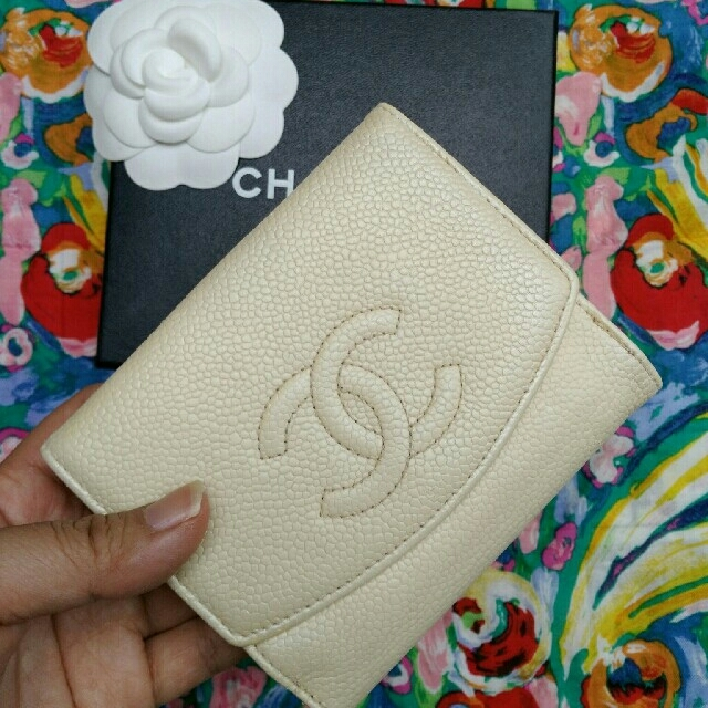 CHANEL - ご確認用9万円(参考価格)  シャネル 折財布 バニラカラーの通販 by haru777's shop|シャネルならラクマ