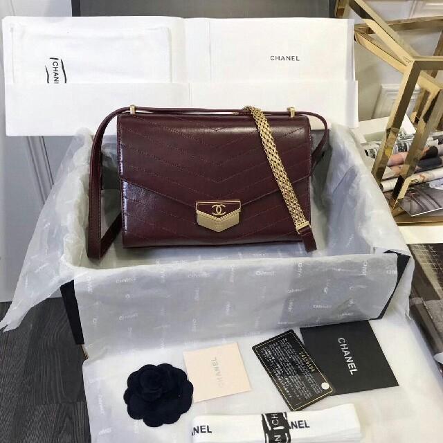 CHANEL - CHANEL新しいショルダーバッグ の通販 by 菊池宏行's shop|シャネルならラクマ