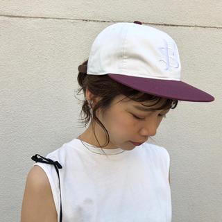 カスタネ(Kastane)のKastane 新品 EMB CAP✴︎OW(キャップ)