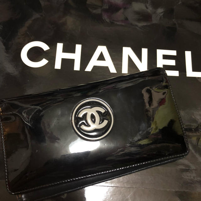 CHANEL - CHANELシャネル本物エナメルコスメ柄長財布の通販 by rose shop|シャネルならラクマ
