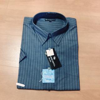 ユニクロ(UNIQLO)のオーバーサイズLサイズワイシャツ(シャツ)