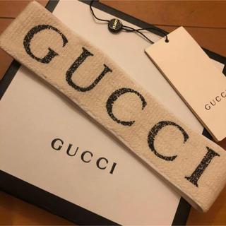 グッチ(Gucci)のGUCCI ヘアバンド 白/黒(ヘアバンド)