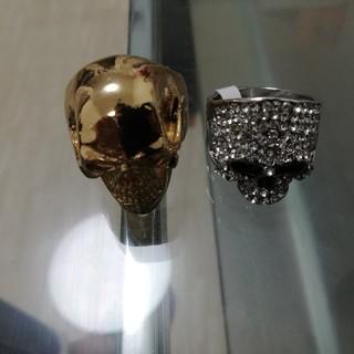 海外製スケルトンデザイン ゴールド&シルバーカラー指輪セットです(リング(指輪))