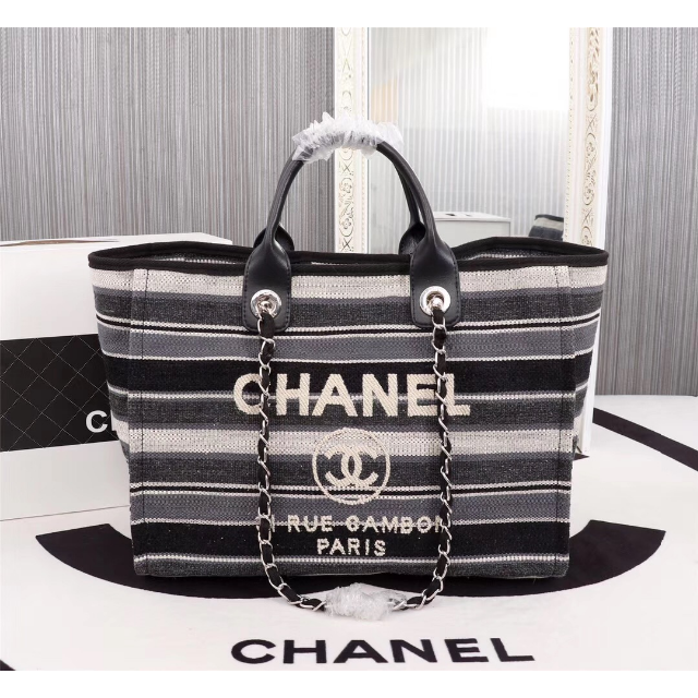 CHANEL -  CHANEL 2019SS「ショッピングバッグの通販 by ジュンゾウ's shop|シャネルならラクマ