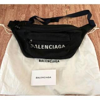バレンシアガ(Balenciaga)のBALENCIAGAボディーバッグ(ボディーバッグ)