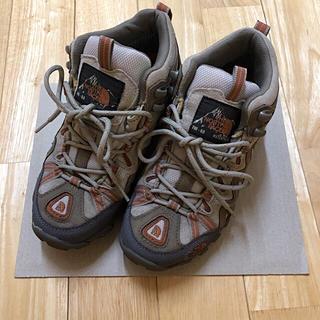 ザノースフェイス(THE NORTH FACE)のザ ノースフェイス 登山靴(スニーカー)