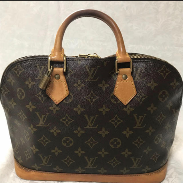 LOUIS VUITTON -  Louis Vuitton  アルイヴィトンアルマ モノグラム ハンドバッグ の通販 by ☆SKY♪'s shop|ルイヴィトンならラクマ