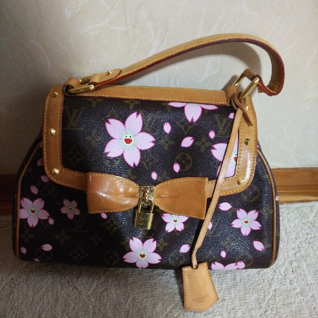 mcm バッグ 激安 twitter 、 LOUIS VUITTON - モノグラム ヴィトン 桜 レア 直営店購入ですの通販 by バービー's shop|ルイヴィトンならラクマ