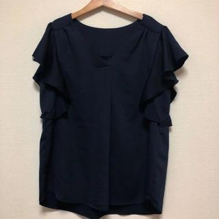 ジーユー(GU)のフリルブラウス ネイビー 綺麗め(シャツ/ブラウス(半袖/袖なし))