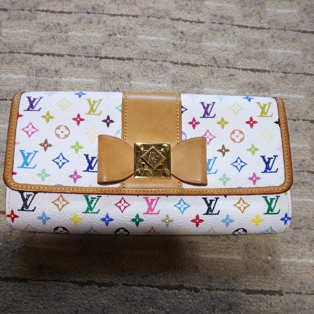 ヴィトン バッグ レプリカイタリア 、 LOUIS VUITTON - マルチカラー 財布 ヴィトン モノグラム リボンの通販 by バービー's shop|ルイヴィトンならラクマ