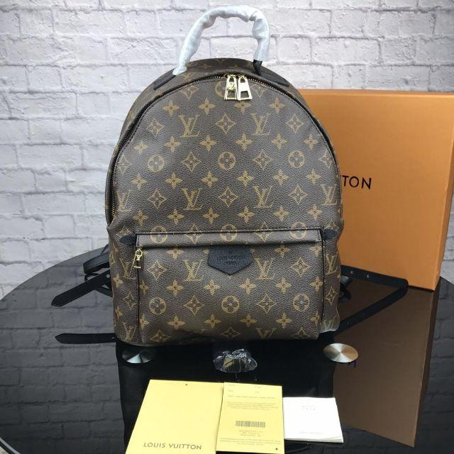 LOUIS VUITTON - 新品ルイヴィトンリュックバッグLOUIS VUITTONバックパック送料無料の通販 by セール中's shop|ルイヴィトンならラクマ