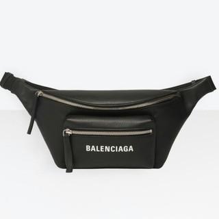 バレンシアガ(Balenciaga)の本日のみ バレンシアガ ショルダーバッグ(ボディーバッグ)