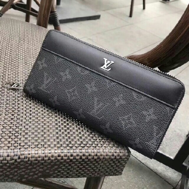 LOUIS VUITTON - LOUIS VUITTON ルイヴィトンの人気長財布の通販 by ナトス's shop|ルイヴィトンならラクマ