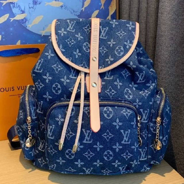 LOUIS VUITTON - LouisVuittonリュックサックの通販 by srtuysrty's shop|ルイヴィトンならラクマ